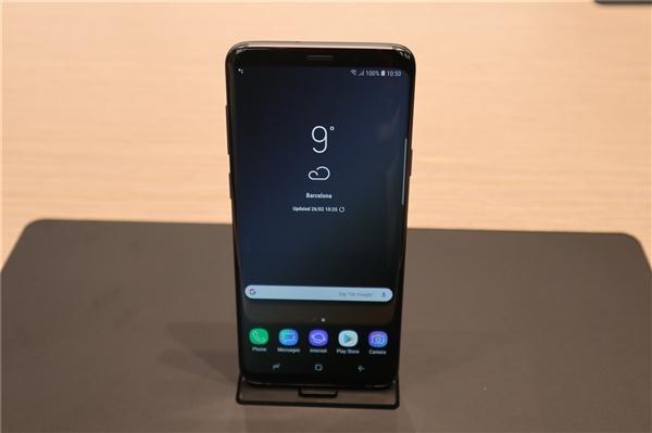 Раскрыты подробности о быстрой зарядке в Samsung Galaxy S10