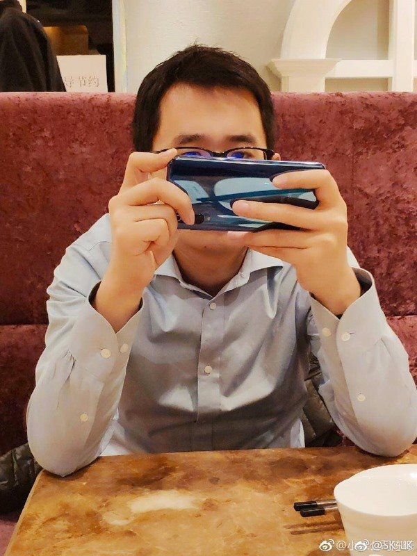 Опубликовано живое фото Xiaomi Mi 9