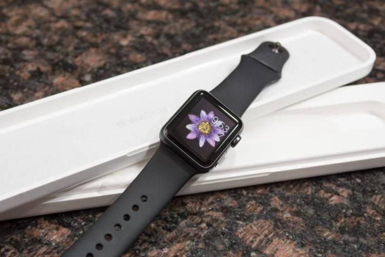 Старые Apple Watch будут обменивать на Apple Watch Series 2 вместе ремонта по гарантии