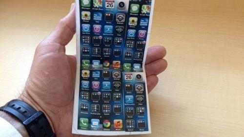 Samsung будет поставлять складные дисплеи для Apple