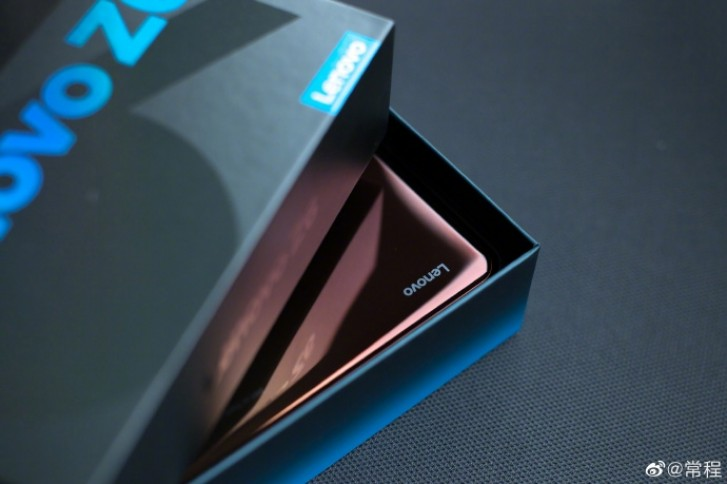 Опубликованы первые фотографии Lenovo Z6