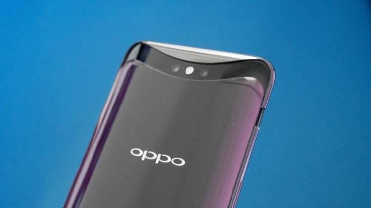 Oppo продемонстрировали дисплей со встроенной фронтальной камерой