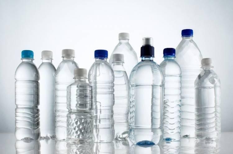 voda v plastike