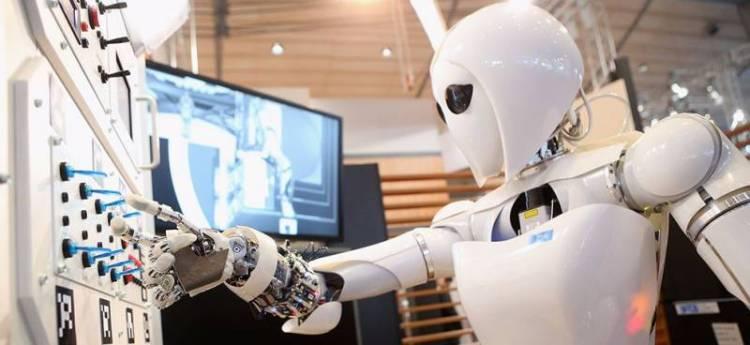 robot on work