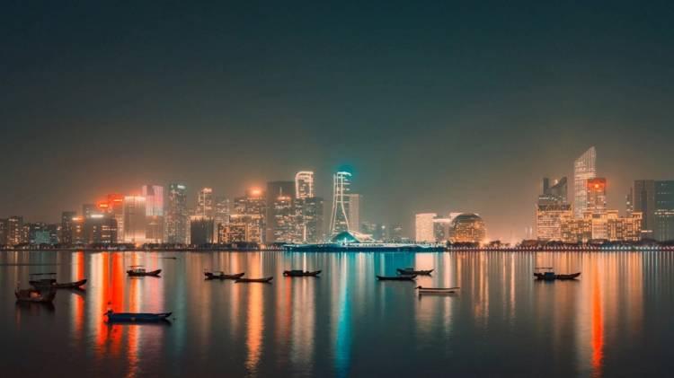 Bright city light